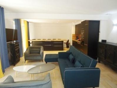 Location Appartement spacieux et entièrement rénové, proche plages et commerces