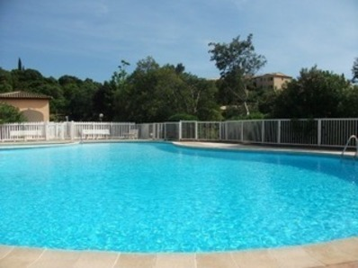 Location BEL APPARTEMENT CLIMATISE RESIDENCE AVEC PISCINE