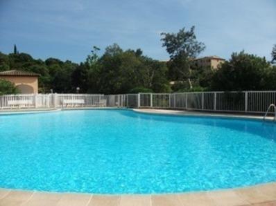Location Bel appartement climatisé - Résidence avec piscine